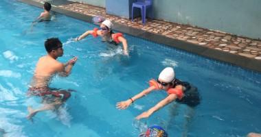 Cần chuẩn bị những gì trước khi đi bơi
